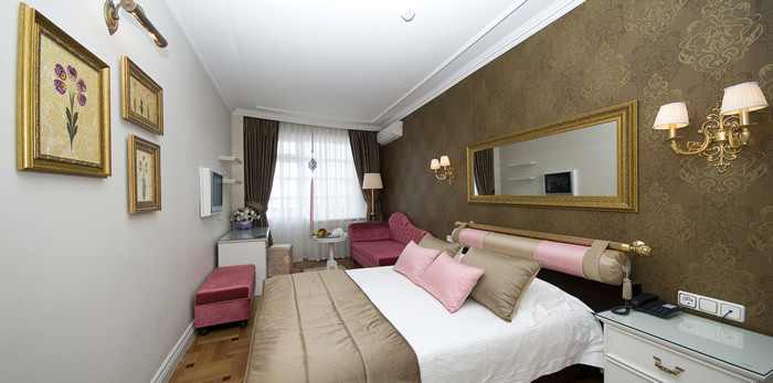 Elegance Double Room