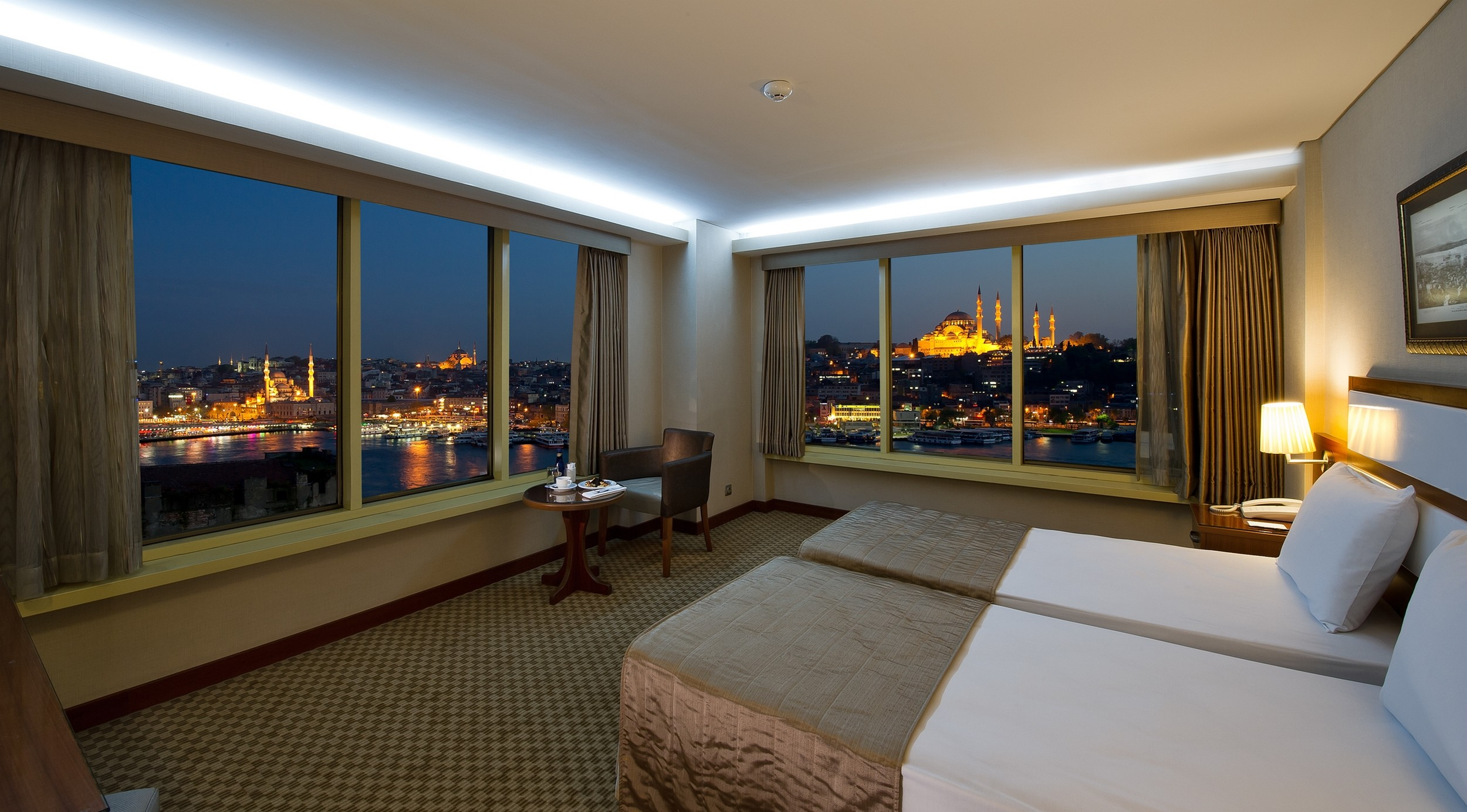 Panoramic View Room
