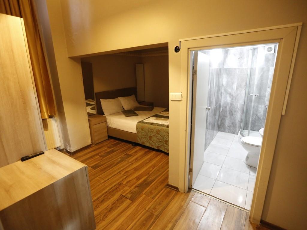 Tavanı aynalı Eko oda