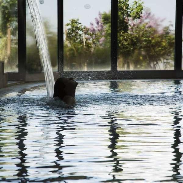 Leea Spa Indoor Pool