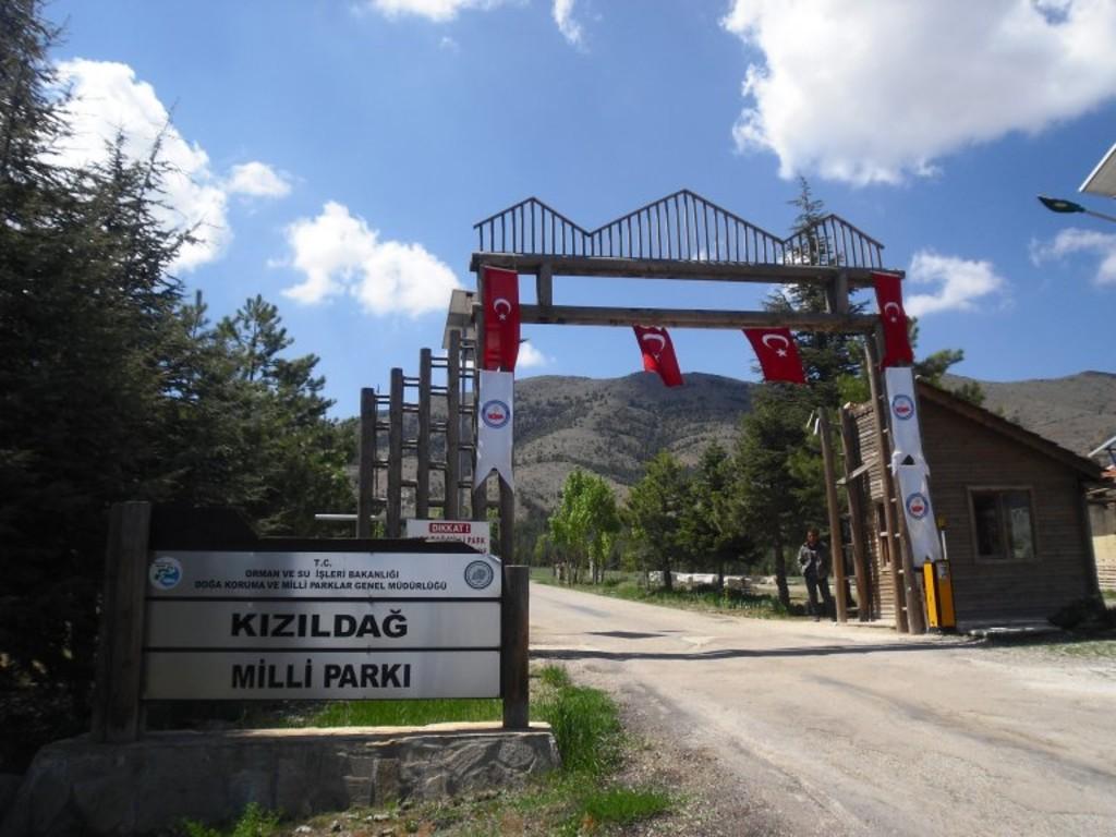 Kızıldağ Milli Parkı Girişi