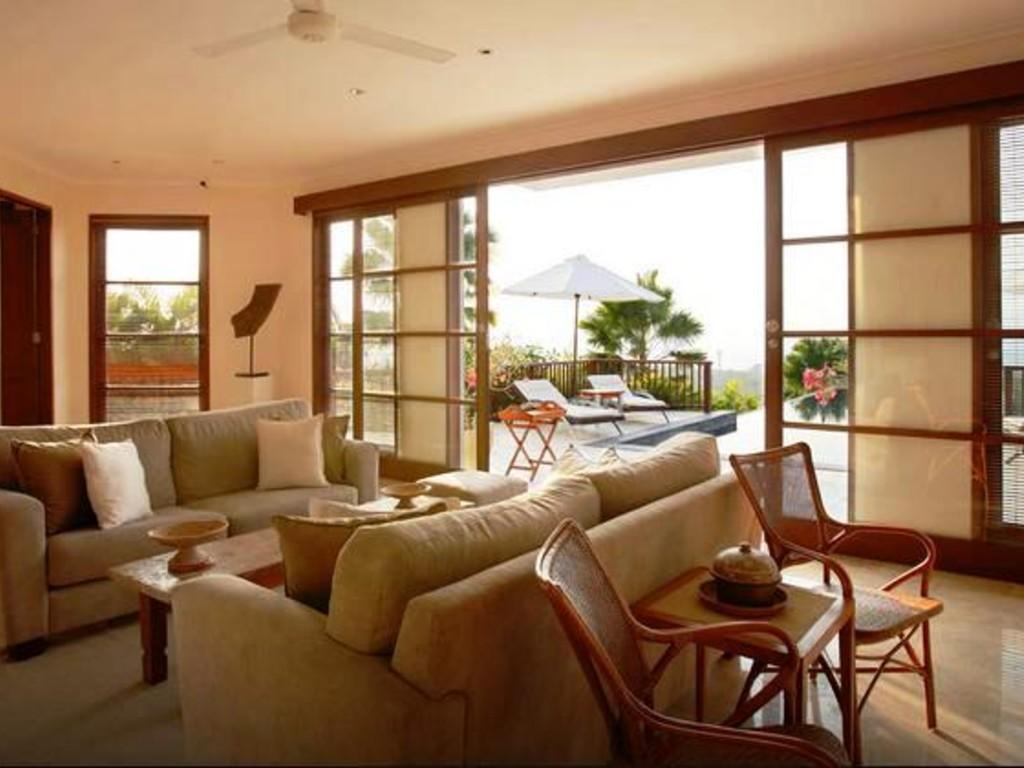 4 Bedrooms Private Pool Villa
