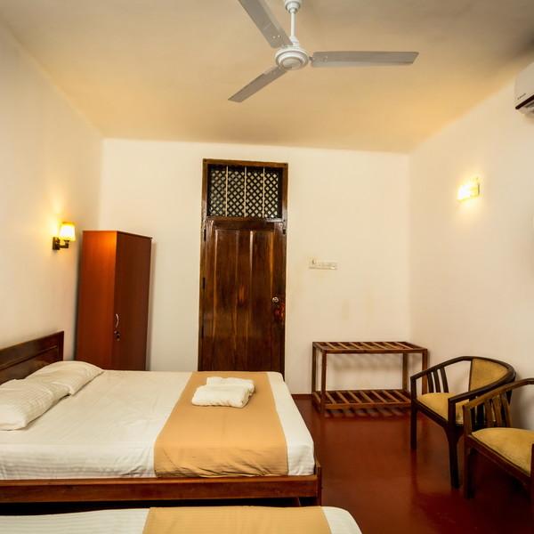 Room # 101 Comfort Double or Twin Room